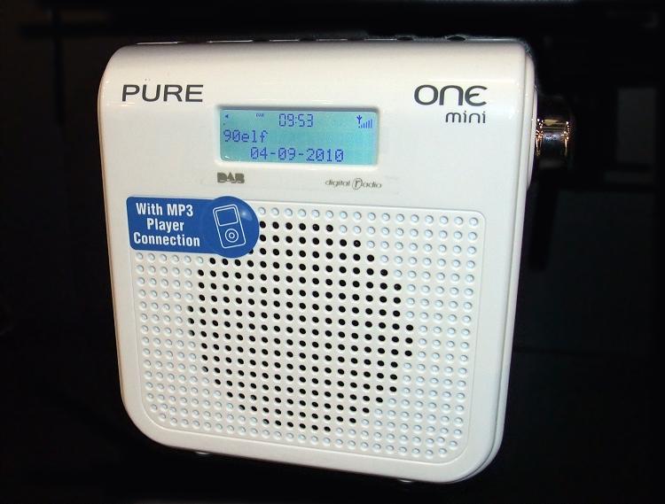 pure one mini 2010 transistorradios. Black Bedroom Furniture Sets. Home Design Ideas